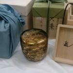 中野区丸山のお客様より鉄瓶(龍文堂)や茶釜、鵬雲斎の書付の棗や水指など茶道具を買取りさせて頂きました。