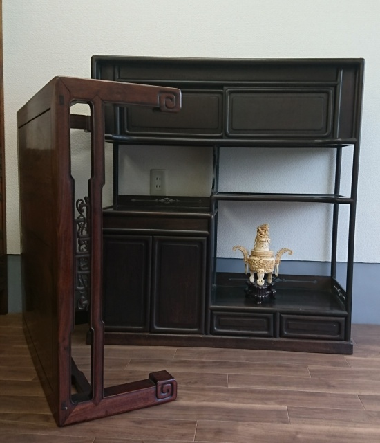 座机 飾り棚