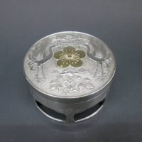 純銀製 李花紋章